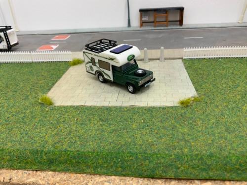 1/76 Code 3 Oxford diecast Land Rover Defender Motorhome (green)