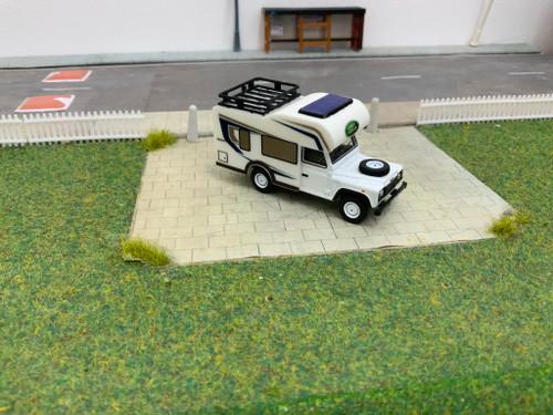 1/76 Code 3 Oxford diecast Land Rover Defender Motorhome (White)