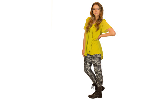 Split Fitted Top in Kiwi (paired with our Polka Dot  Skinny Jeans)