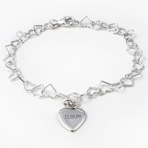 Personalized Linked Silver Heart Bracelet with a Silver Heart charm