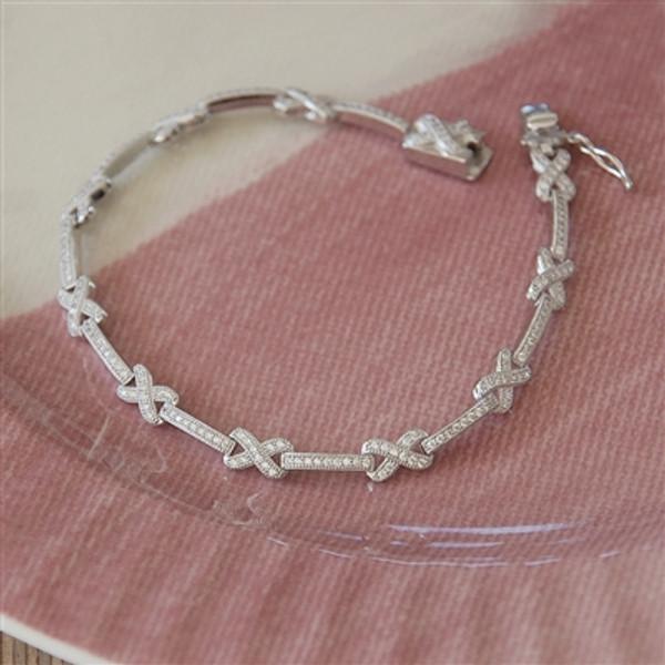 Anniversary Kisses Silver Bracelet