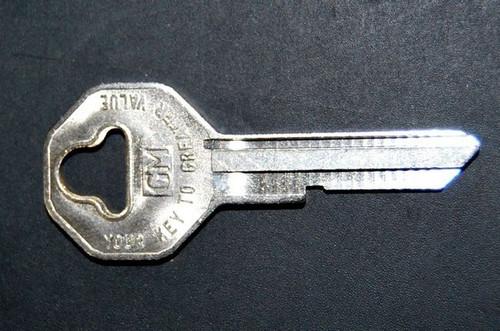 55 56 57 58 59 60 61 62 63 64 Chevy Key Blank NOS