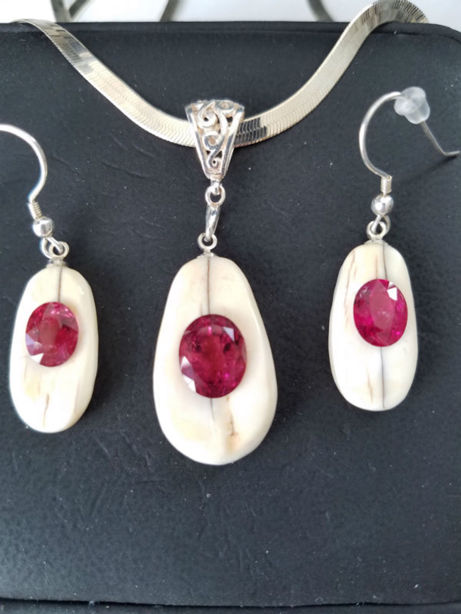 "Earring/Pendant Set - Red ""Rubellite"" in Ivory Tourmaline Earring & Pendant Matching Set 7.13ct"