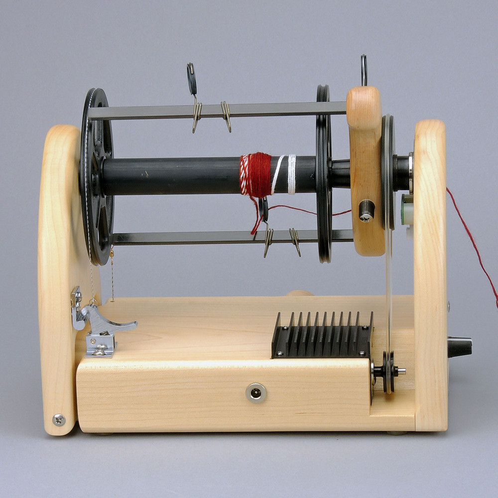 Because of the larger motor, the HansenCrafts miniSpinner Pro has a larger motor sheave.