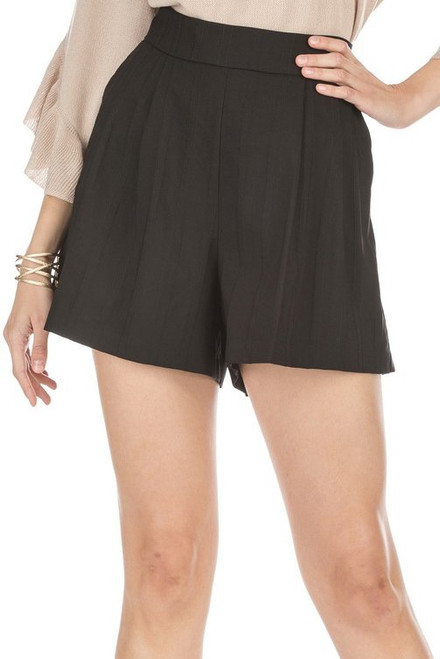Pleated Short