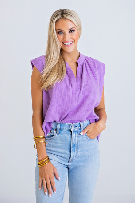 Solid V Neck Sleeveless Top in Purple