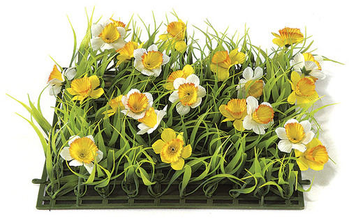 10 x 10 Daffodil and Plastic Grass Mat
