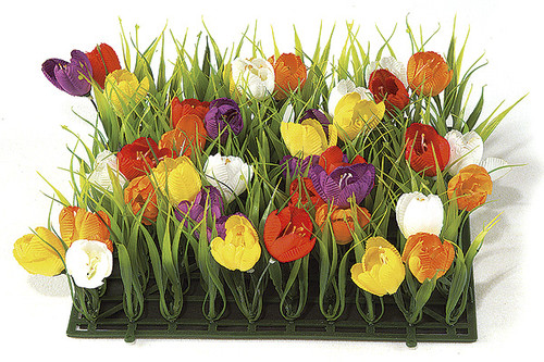 "10"" x 10"" Plastic Grass with Fabric Crocus"