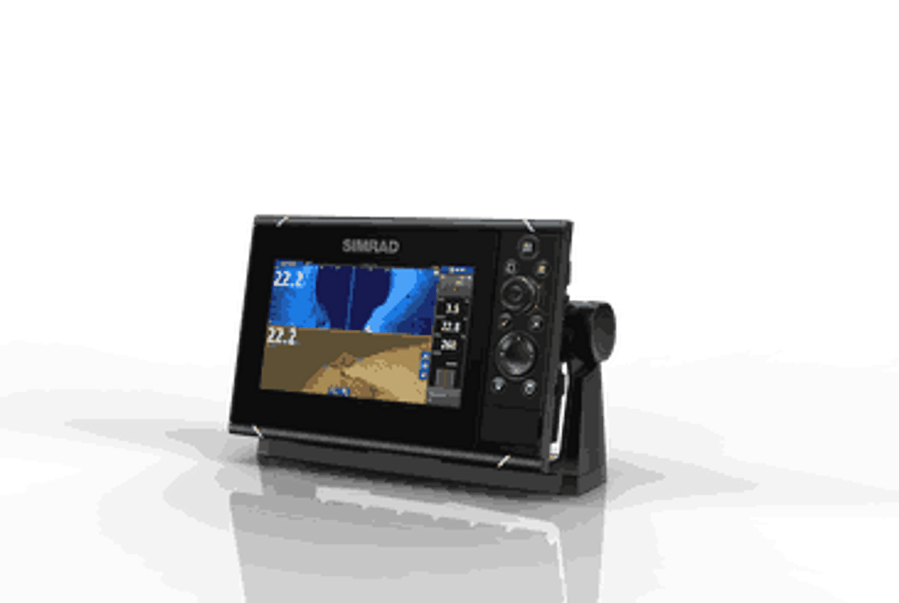 Simrad NSS7 evo3 7-inch display with GPS, sounder & Wi-Fi  Includes world  basemap