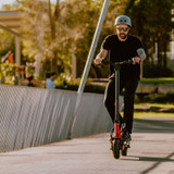 With it's dual 1000W motors the Mantis 10 Duo opens the door into the world of Kaabo extreme electric scooters.