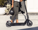 BirdOne Electric Scooter | Jet Black
