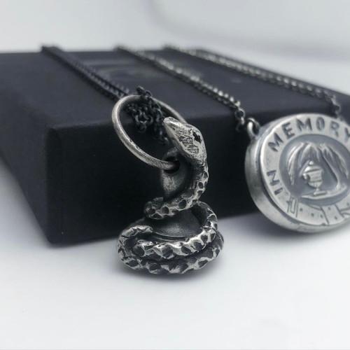 Fob Seal Pendant : 'I Write Truth'