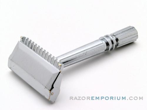 1930's Gem Micromatic Single Edge Safety Razor