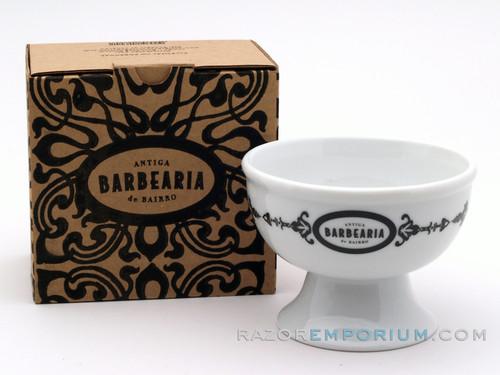 Antiga Barbearia de Bairro Porcelain Shaving Cup Essentials (Generics)