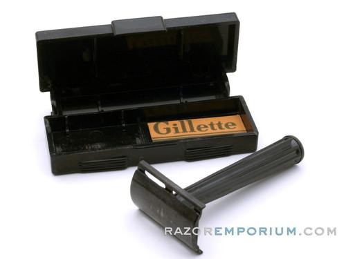 1940s WW2 Gillette Tech Safety Razor w/ Black Handle & Case