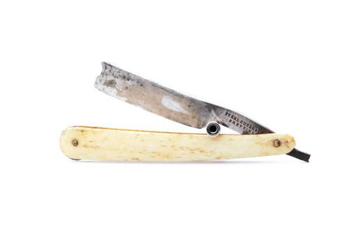 """5/8"""" Steel Cutlery Co Sheffield Straight Razor"""