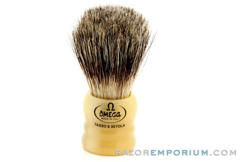 Omega 11047 Badger/Bristle Shaving Brush  | Resin Handle