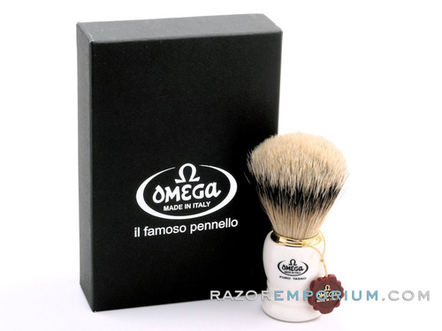 Omega 641 Super Silvertip Badger Shaving Brush - White
