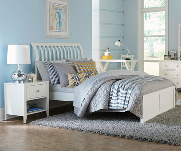 Urbana Sleigh Bed Full Size White