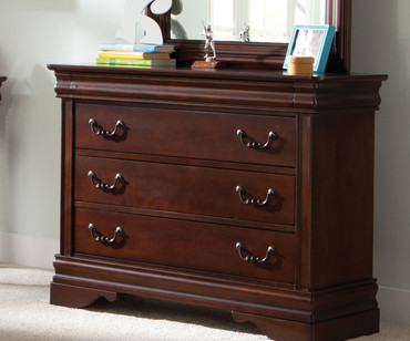 Carriage Court 3 Drawer Dresser