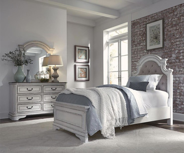 Magnolia Manor Upholstered Panel Bed Full Size
