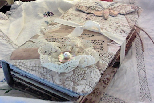 Old Lace Travel Journal