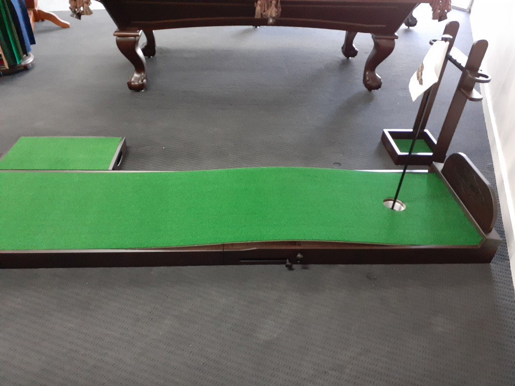 Ross Putting Green