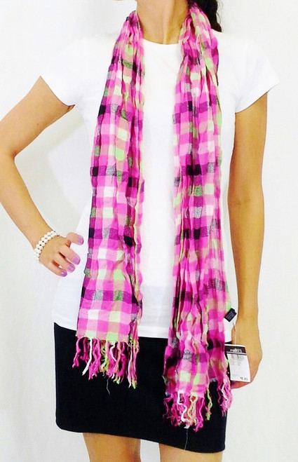 RUE 21 Adorable Plaid Scarf! Pink.  (D-184)