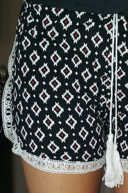 100% Rayon Challis Shorts with Lace Trim! Black Aztec Pattern. From MAZE! (E-5)