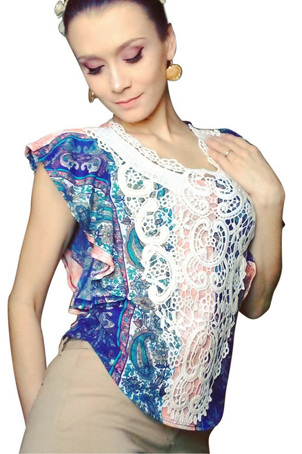 Boho Boutique Paisley Top with Crochet Accents. (A-159)