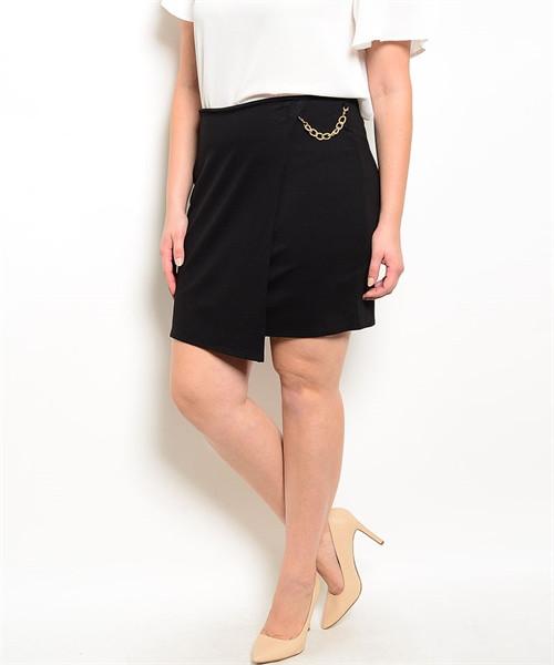 PLUS SIZE Asymmetrical Pencil Skirt with Chain. Black. (E-41)