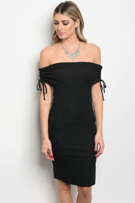 Elegant Fitted Off Shoulder Black dress. (11-26)
