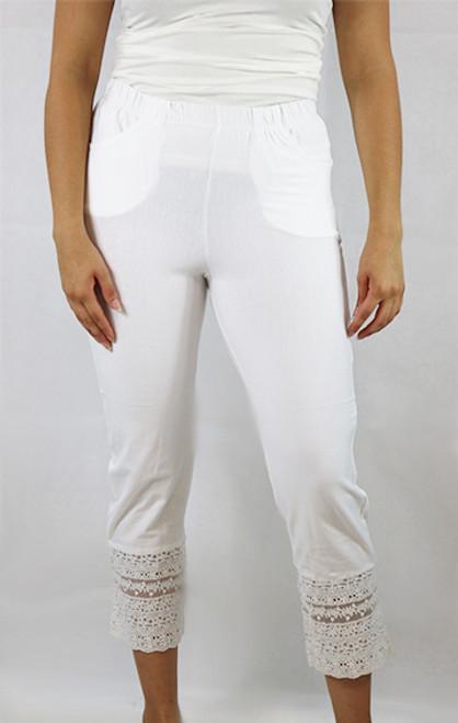 Cotton White Capri W/Lace Design Sm-Plus Size (32-19)