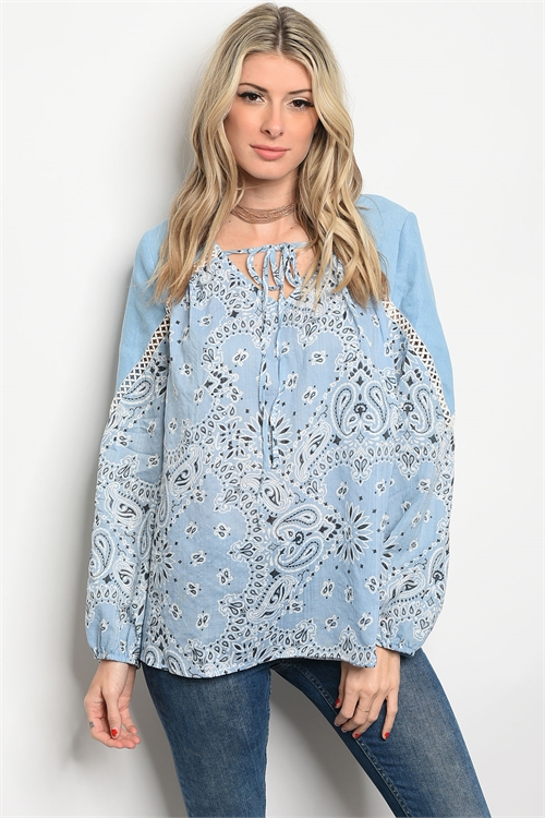 80% Cotton Long Sleeve Blue Paisley/Floral Top. (26-4)