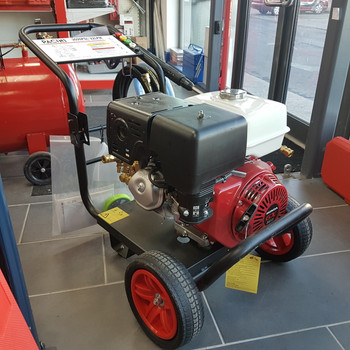 3600psi Honda 13hp A&R Pump Pressure/Power Washer