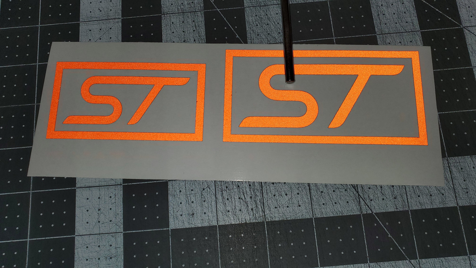 Fiesta ST Inlay With Flash (ORANGE)