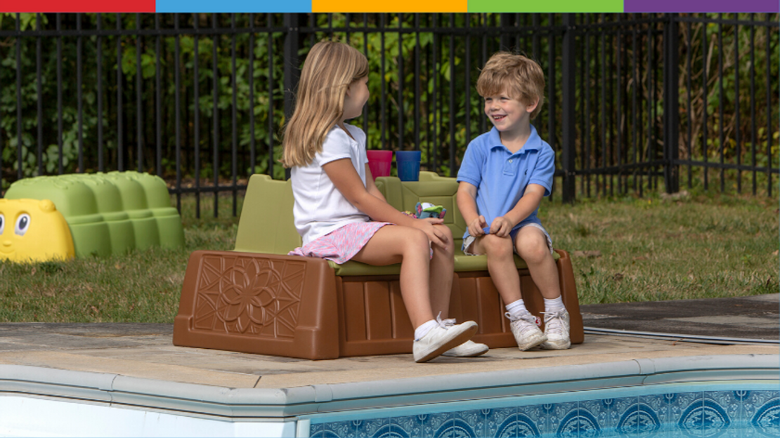"Simplay3's Sand & Water Bench: ""One of the best outdoor toys for 2 year olds!"""