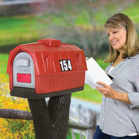 Simplay3 Rustic Barn Mailbox blends in perfectly with rural settings.