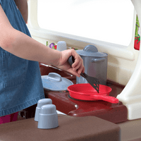 Simplay3 Garden View Kitchen - Let a love of cooking start early.