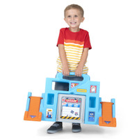 Simplay3 Carry & Go Garage with easy carry handle makes it simple for children to take the play anywhere their imagination goes!
