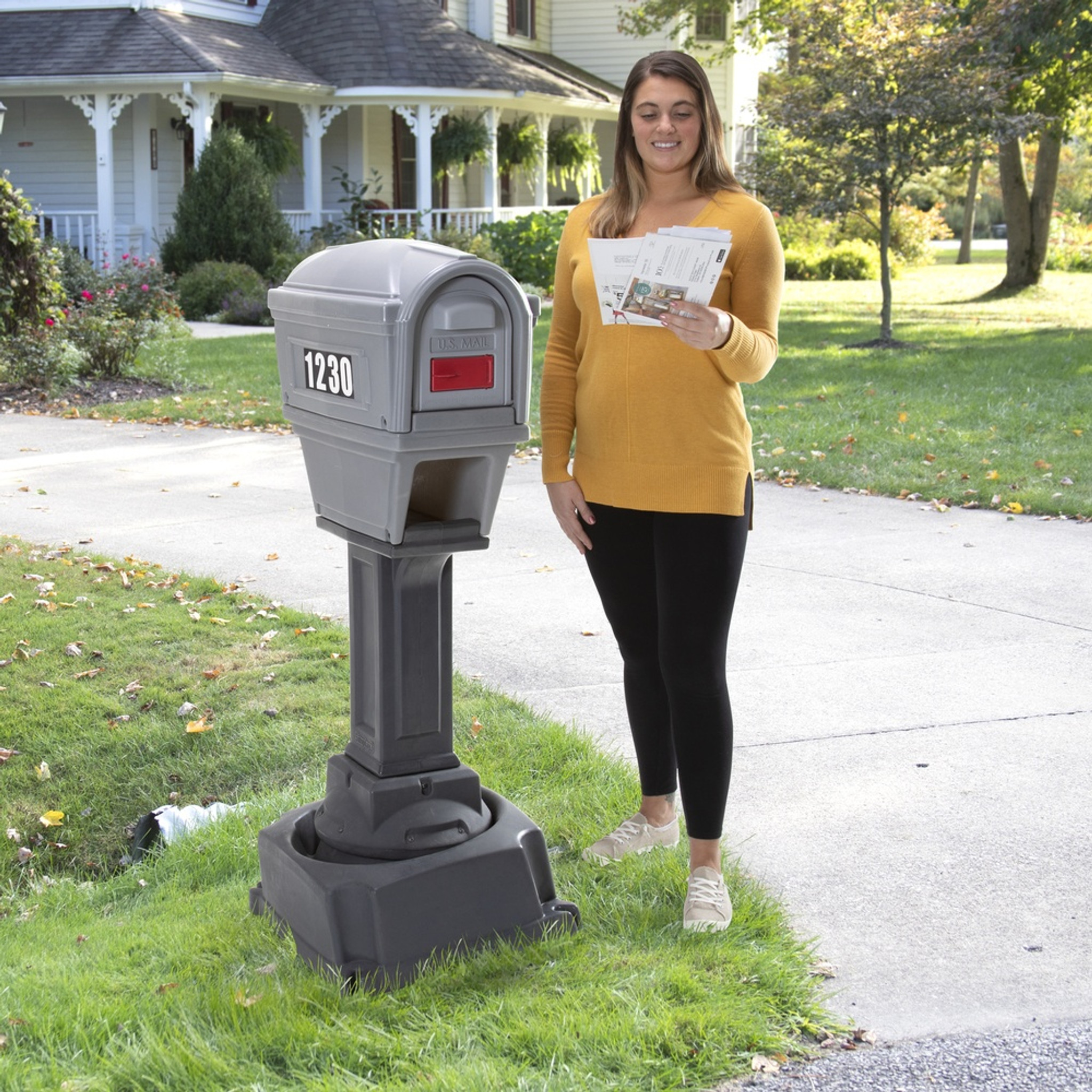 Dig Free True Level Mailbox With Newspaper Holder