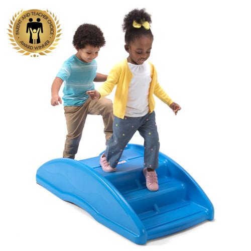 Simplay3 Rocking Bridge helps children hone in on their climbing and balance skills.