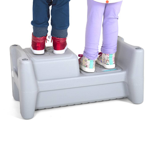 Simplay3 Sibling Step Stool with 2 children side by side.