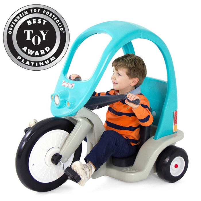 Simplay3 Super Coupe Pedal Trike for children. This pedal car for kids will be fun for years to come!