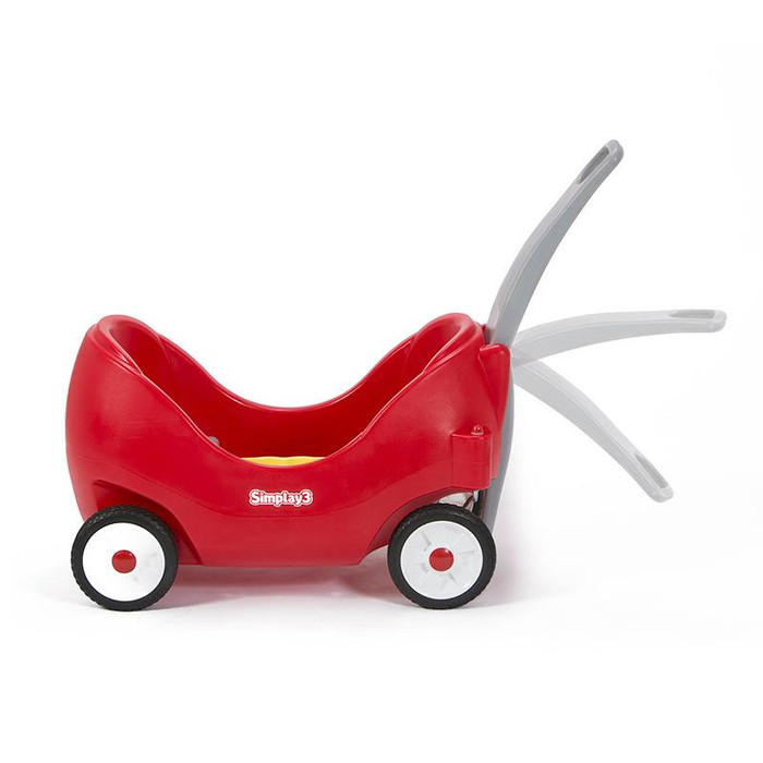 Simplay3 High Back Wagon handle is easy to grip and conveniently sized for closer tending to the kids.