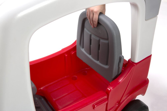 Simplay3 My Buddy & Me SUV with adjustable and reversible front seat for a total of 4 grow-with-me seat settings.