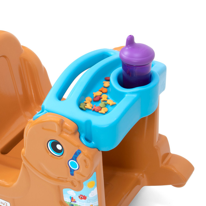 Simplay3 Rock Away Pony with snack tray is easy to clean