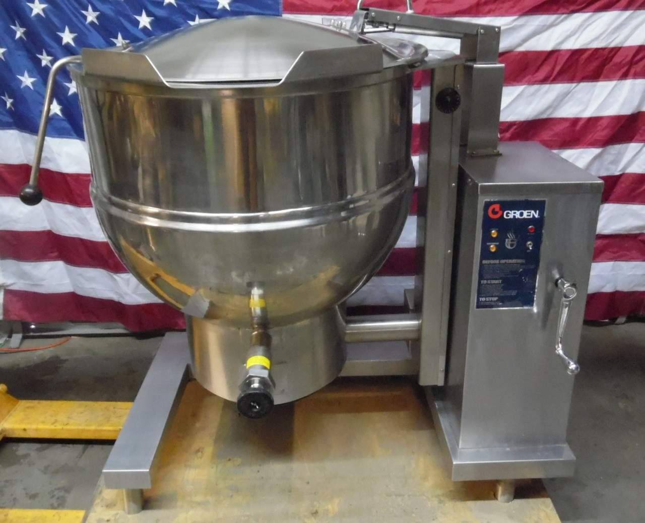 2016 Groen DHT/60 Natural Gas 60 Gal Tilting Steam Jacketed Kettle