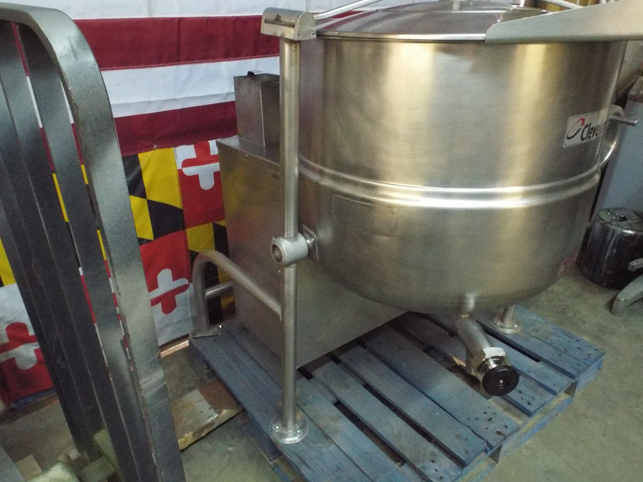 Cleveland KGL-60-T  Professionally Refurbished Steam Jacketed Kettle