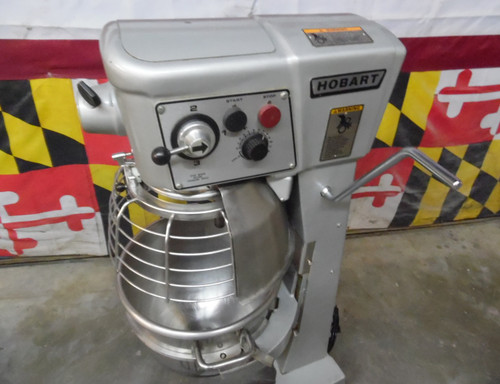 Lightly Used Hobart D300T 30 Qt Dough Bakery Pizza Mixer 3/4 HP 115V